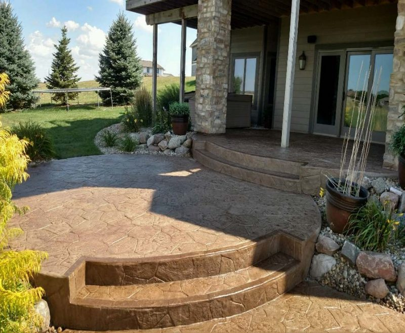 tile-system-patio-steps